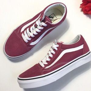 NEW Vans Old Skool  Rose True White Low Sneakers